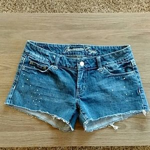 American Eagle Paint Speckled Raw Hem Jean Shorts